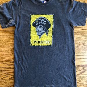 Men's Pittsburgh pirates grey tee shirt size small